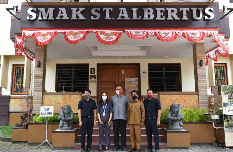 Merajut Persahabatan Dengan SMAK ST. Albertus (SMA DEMPO) Malang di Bidang Kehumasan
